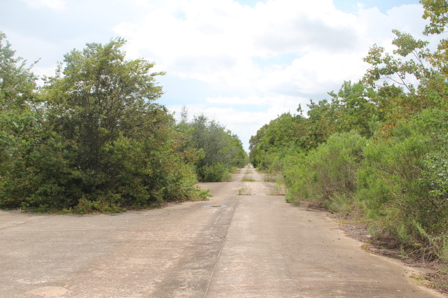 Abandoned South Fork Boulevard between Southbend subdivision and Brio Superfund site.